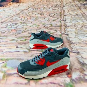 Nike Air Max 90 Essential Women's Shoes 616730-019